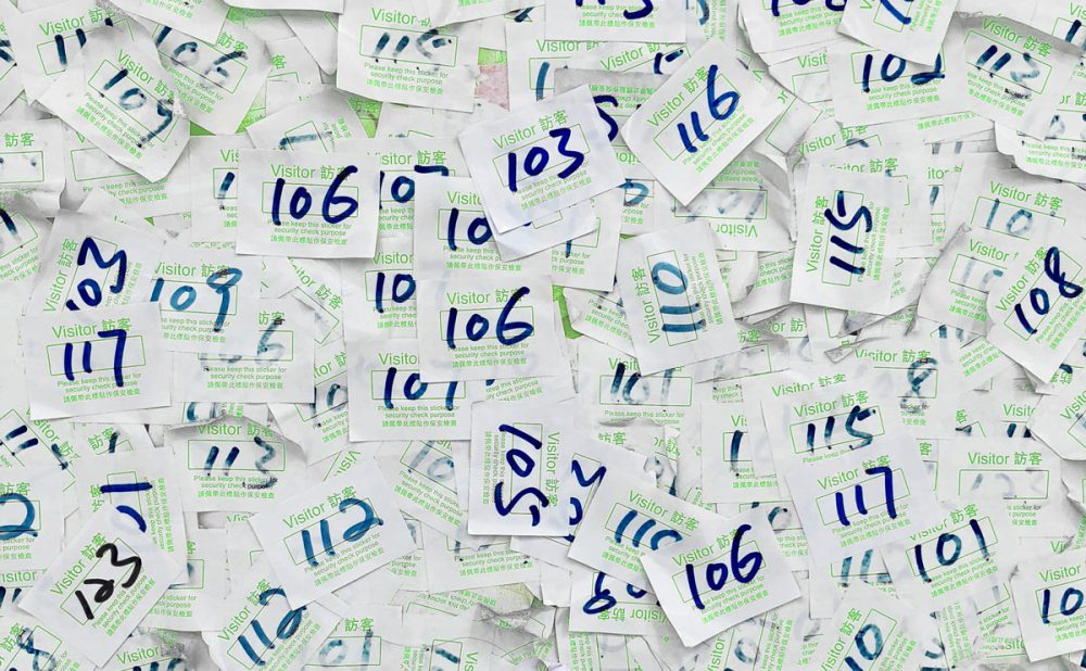 Números en papeles